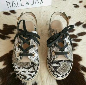 NEW Hael & Jax Diaz Olive Snake Print Leather Lace Up Platform Sandals 36 AU 6